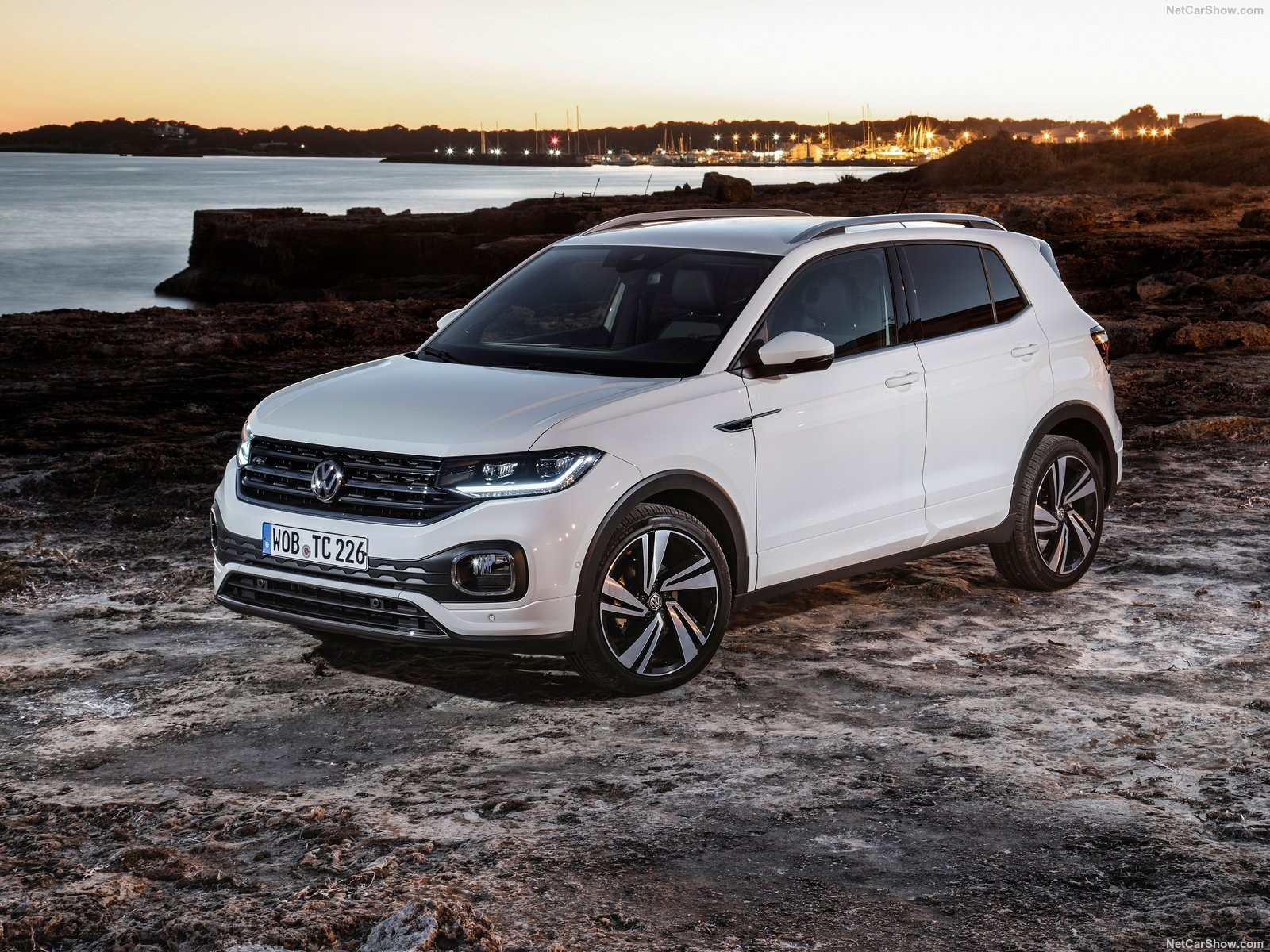 vw  cross suv annacarsgr